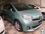 Toyota Ractis G Light Green 2012