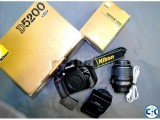 Nikon D5200 DSLR Camera with AF-S 18-55mm f 3.5-5.6 VR II Le