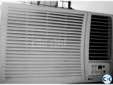 LG Gold Window Type 1.5 Ton AC With Remote Urgent Sell.