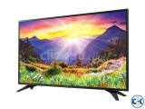 VEZIO 32 inch television has 32 inch slim display,