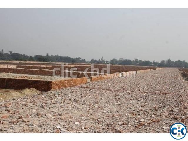 Urgent Plot Sale In Purbachal | ClickBD large image 2
