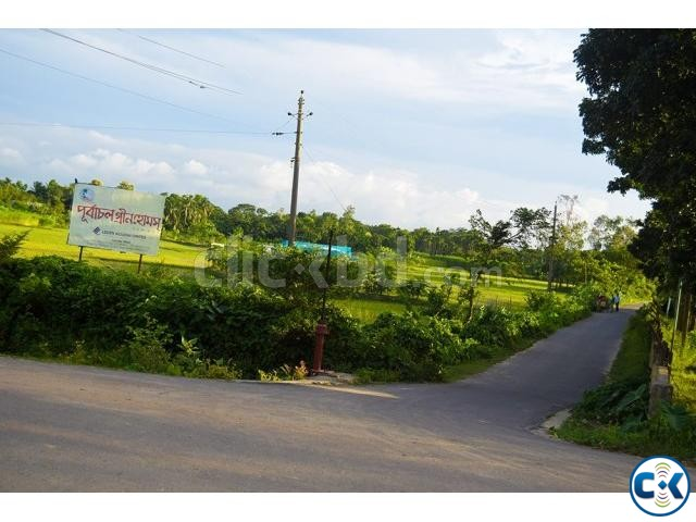 Land Plot Sale in near Rajuk Purbachal New Town | ClickBD large image 1