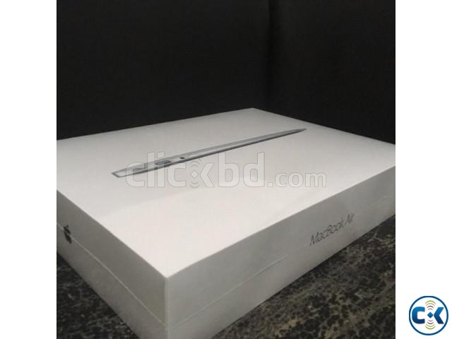 APPLE MACBOOK AIR A1466 8 128GB 1.8GHz | ClickBD large image 2