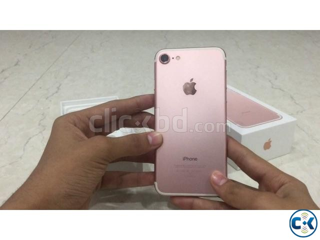 Brand New Apple iphone 7 32GB Sealed Pack 3 Yr Warranty | ClickBD large image 3