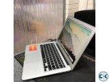 Macbook Air 13 inch 2015 Core i5 256GB fresh condition