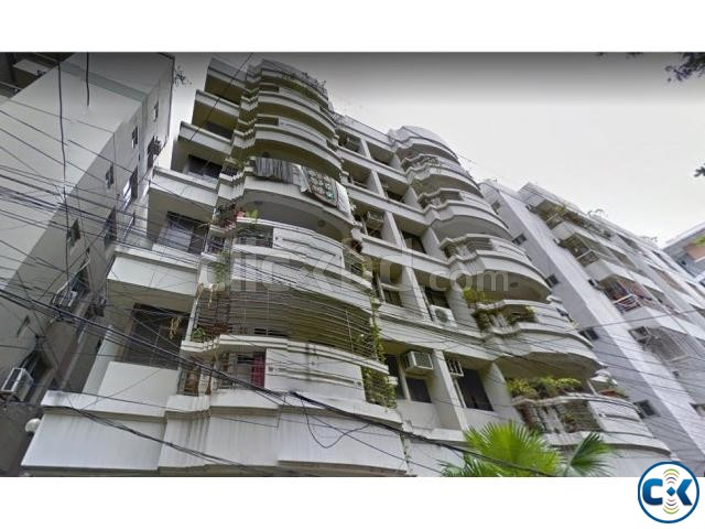 Exclusive Flat For Sale In Lalmatia | ClickBD large image 3