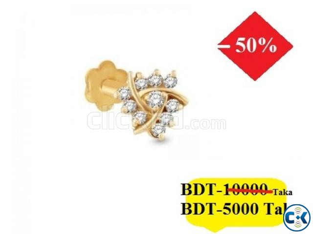 DIAMOND WITH GOLD NOSE PIN 40 OFF | ClickBD large image 0