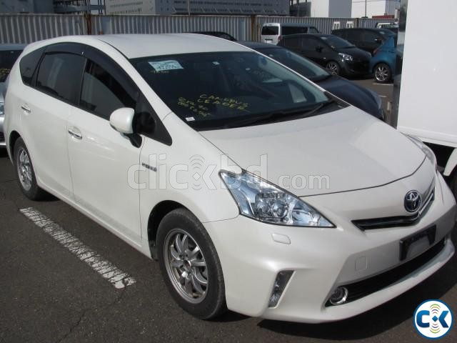 TOYOTA PRIUS ALPHA G 7-SEAT PEARL 2014 | ClickBD large image 0