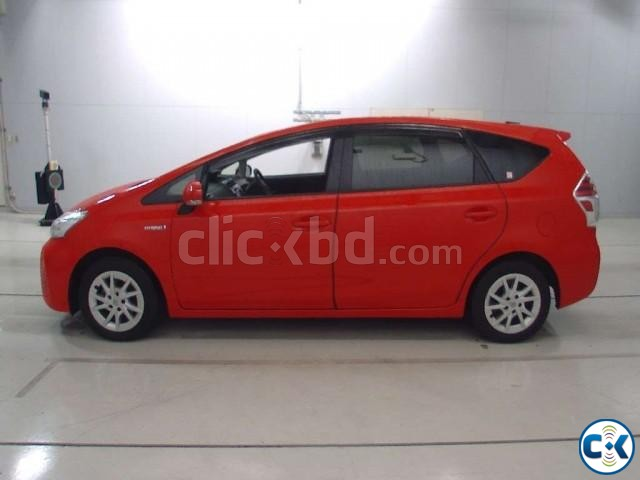 Toyota Prius Alpha 7 Seater | ClickBD large image 3
