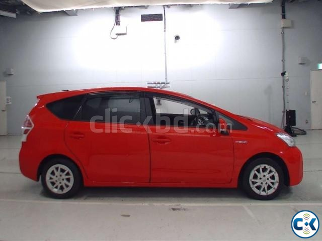 Toyota Prius Alpha 7 Seater | ClickBD large image 4