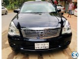 NISSAN BLUE BIRD SYLPHY BEIGE INTERIOR