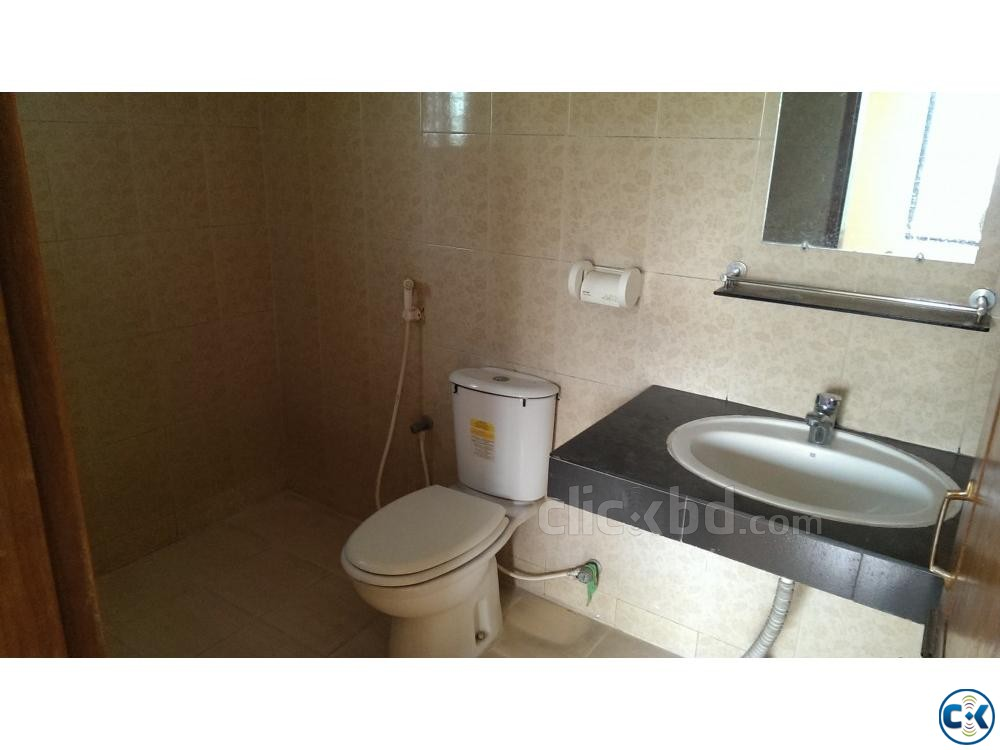3 BED Flat for rent FAMILY STUDENT at BASHUNDHARA | ClickBD large image 1