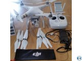 DJI Phantom 3 Pro 4K with 2 Battery extra props