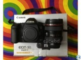 Canon 5D mark iii with 2 Lens and Original box