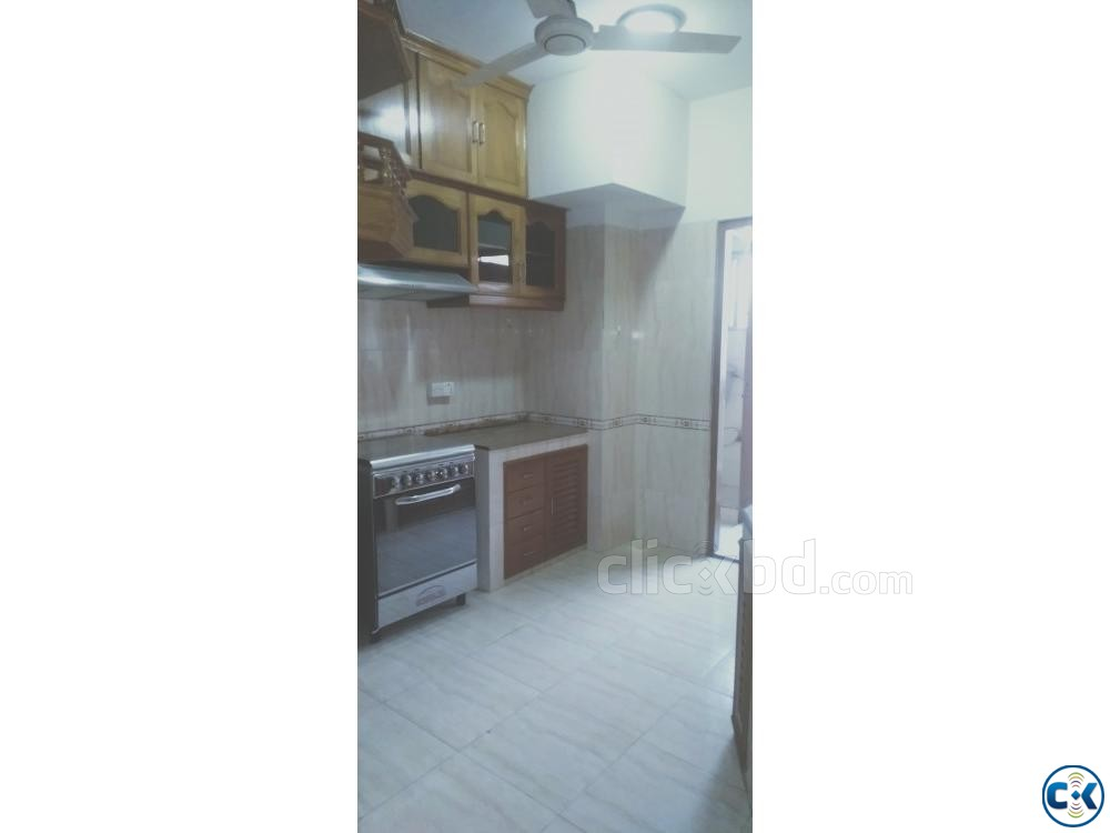 2750sft Beautiful Apartment For Rent Banani | ClickBD large image 2