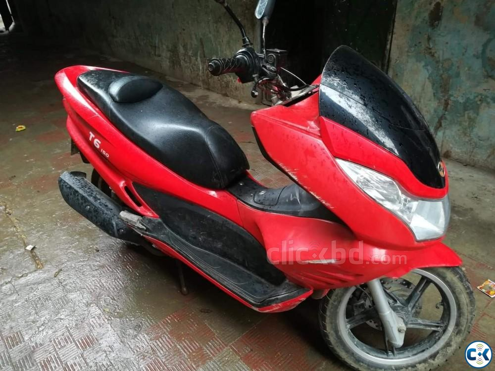 ZNEN T6-2017 MODEL -150CC SCOOTER NEW CONDITION  | ClickBD large image 2