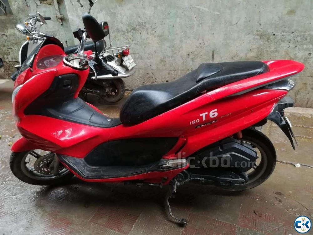 ZNEN T6-2017 MODEL -150CC SCOOTER NEW CONDITION  | ClickBD large image 3