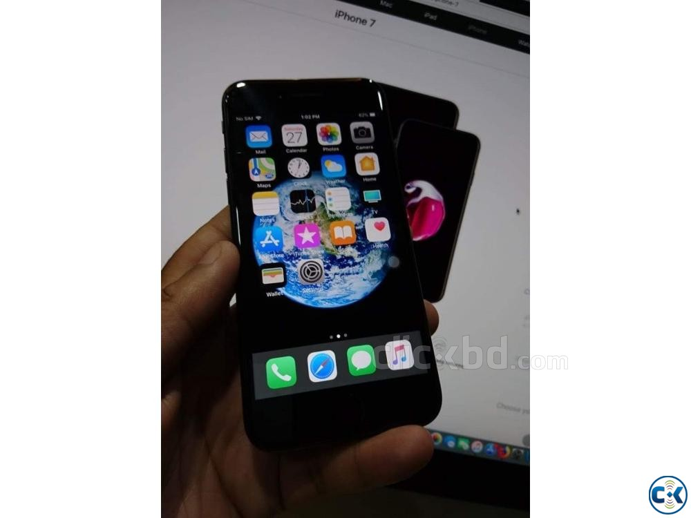 New Condition Apple iPhone 7 Matte Black 32GB | ClickBD large image 0