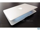 Apple MacBook Air A1466 Core i5 2015 4GB Ram 8Hours Charge