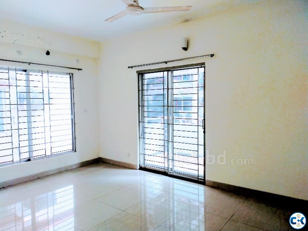 Exclusive Apartment For Rent Banani | ClickBD large image 0