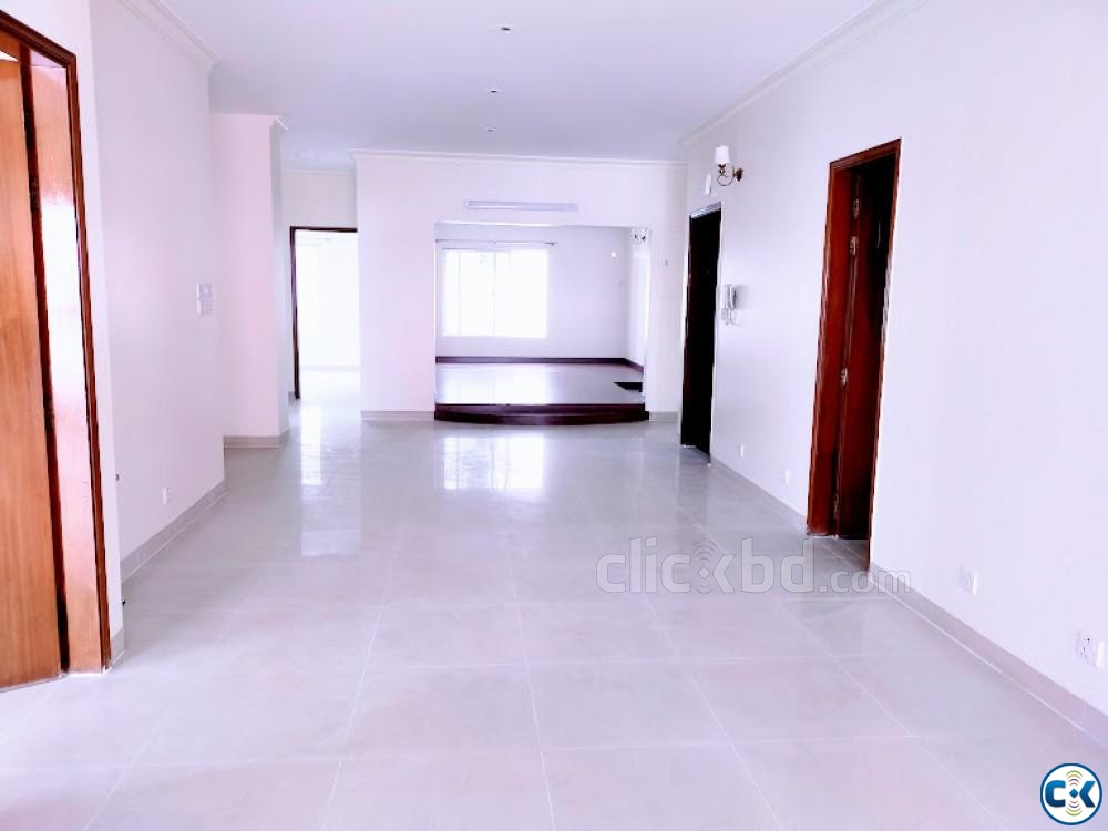 One Unit Beautiful 4Bed Flat For Rent Banani | ClickBD large image 0