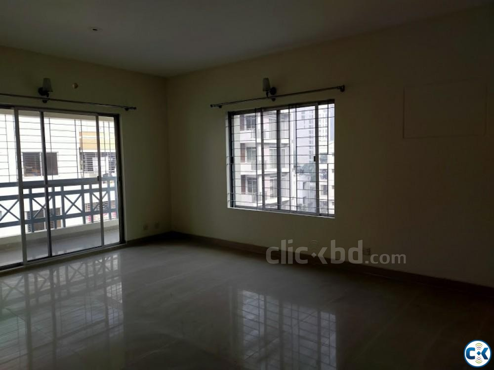 One Unit Beautiful 4Bed Flat For Rent Banani | ClickBD large image 2