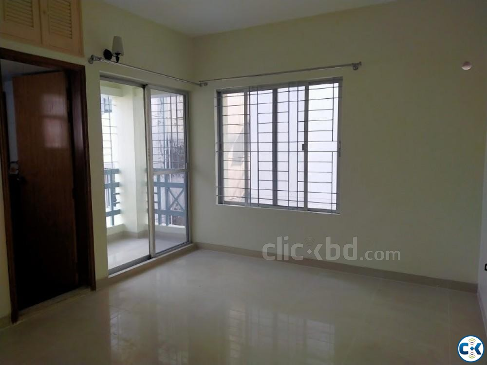 One Unit Beautiful 4Bed Flat For Rent Banani | ClickBD large image 3