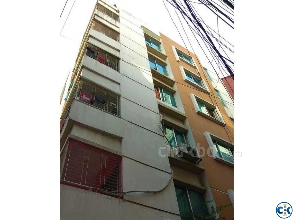 910sft. south facing flat used at Gulshan Badda link road | ClickBD large image 0