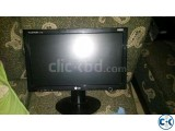 LG Flatron 17 Lcd Monitor with Tv Card