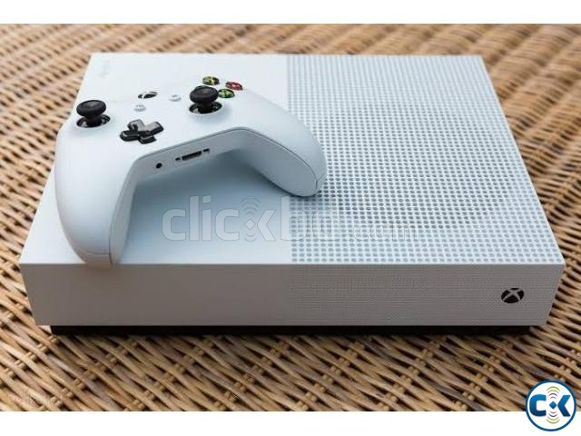 XBOX ONE S 1 tb console with controller and cables | ClickBD large image 0