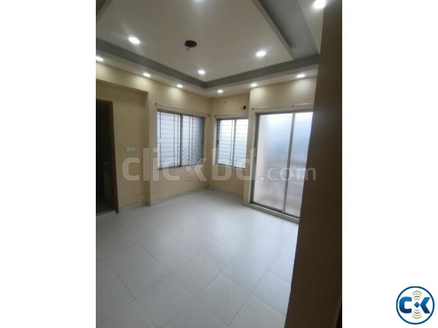 Luxurious Used Flat will be sold in Shyamoli with the cheape | ClickBD large image 4