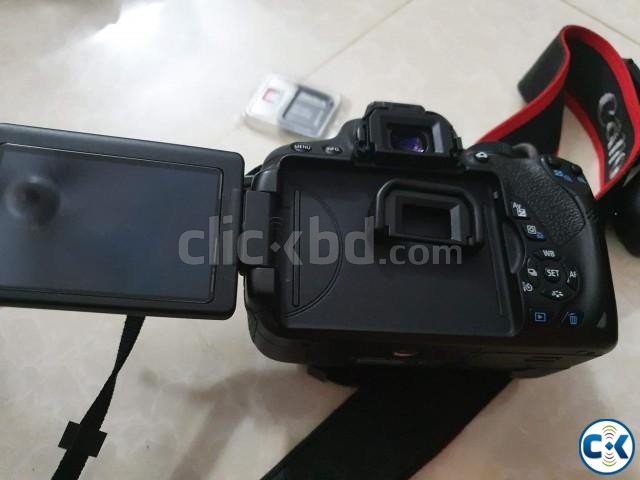 Canon Rebel T5i NEW CONDITION with WARRANTY  | ClickBD large image 0