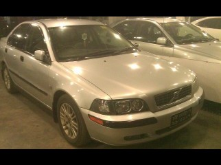 Volvo S40 All power MT 2000 Model 2004 regi