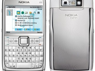 Brand new Nokia E71 with box 12 month warenty