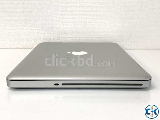 MACBOOK PRO C2D 4GB 128GB 13.3INC 2009YEAR MODEL | ClickBD large image 2
