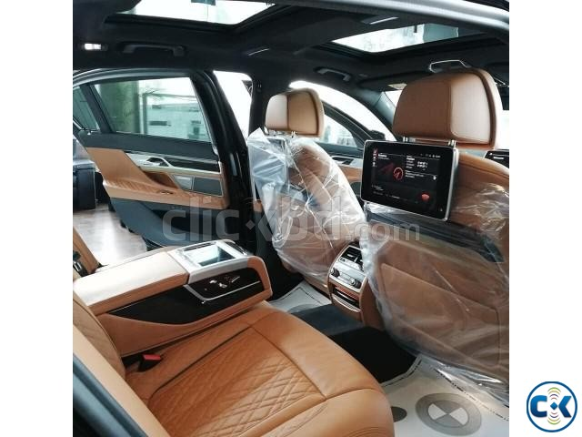 BMW 7 Series 2020 | ClickBD large image 2
