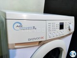 Fully Automatic front-loading Daewoo Washing machine 7 KG