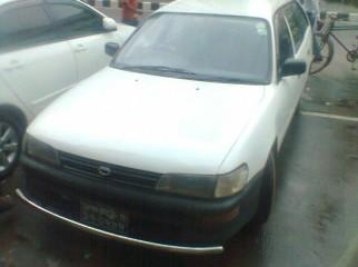 toyota AE100 model 99 2004...station wagon white