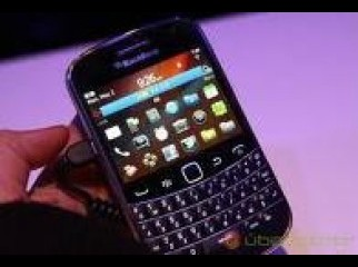 BRAND NEW BlackBerry Bold Touch 9900 Smartphone Un