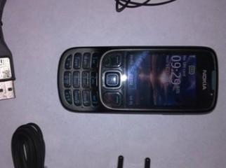 New Nokia 6303i 2GB Original Card Blank Warranty