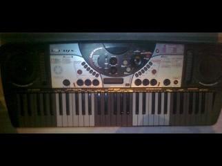YAMAHA DJX 2 pro keyboard