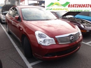 2006 NISSAN BLUEBIRD CHERRY RED PROJECTION HID CD