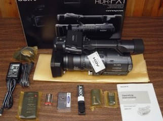 Sony HDR-FX1 Camcorder...........1100usd