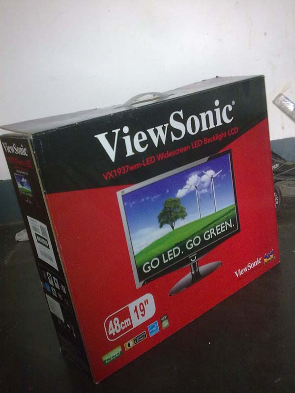 Viewsonic VX1937WM-LED 19 Widescreen Analog- DVI | ClickBD large image 0