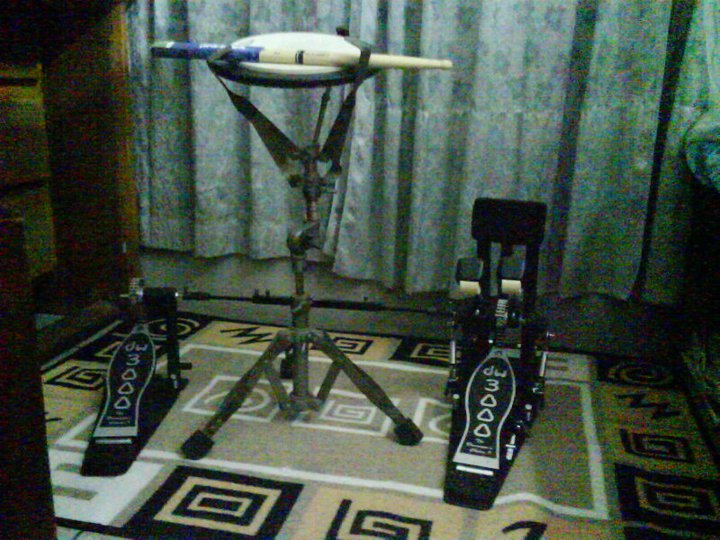 DW 3000 twin pedal 2 Months used only  | ClickBD large image 0