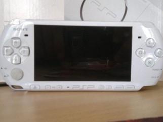 PSP 3000 PW Pearl White
