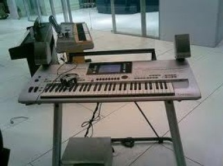 Yamaha Tyros2 61-Key Keyboard