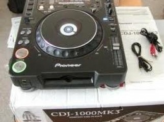 PIONEER CDJ-1000 MK3 PLAYER
