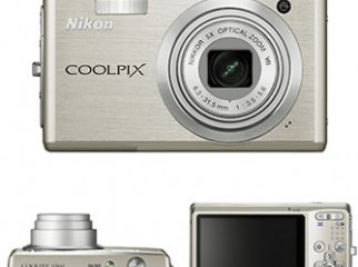 Nikon Coolpix S560 10 MP 5x zoom Digital Camera