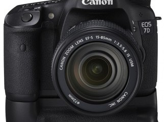 Canon EOS 7D DSLR Camera with free shipping